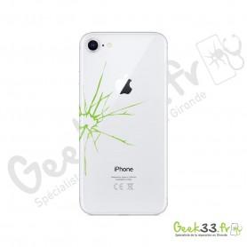 Réparation Apple iPhone 8 vitre arrière avec châssis